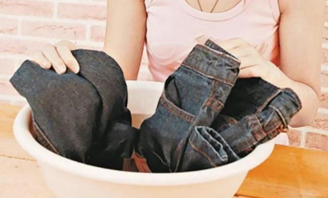 牛仔褲保養、清洗方法 4